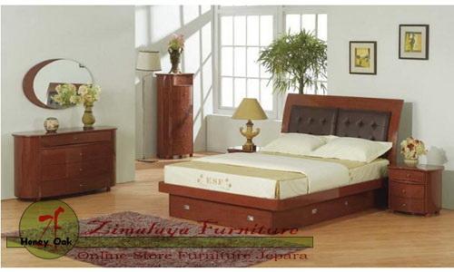 Set Tempat Tidur Kamar
