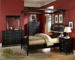 Set Tempat Tidur Ranjang