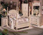 Set Tempat Tidur Anak Antik