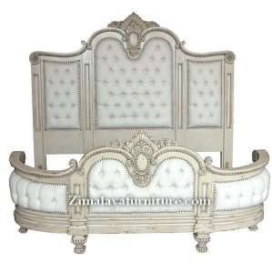 Tempat Tidur Royal King