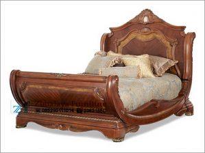 Tempat Tidur Antik Perahu
