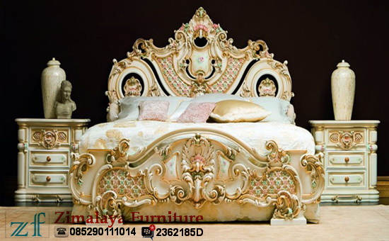 Tempat Tidur Full Ukir Mewah