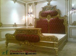 Tempat Tidur Raja