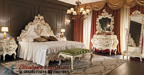 Set Tempat Tidur Ukir Mewah