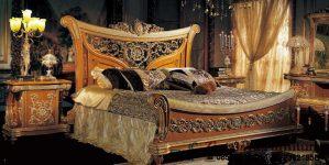 Tempat Tidur Mahkota Mewah