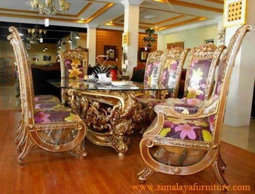 Kursi Makan Ratu Mewah
