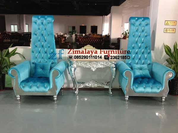 Sofa Couple