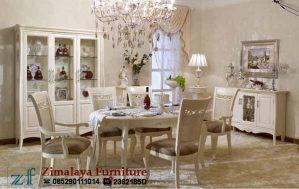 Kursi Makan Warna Putih