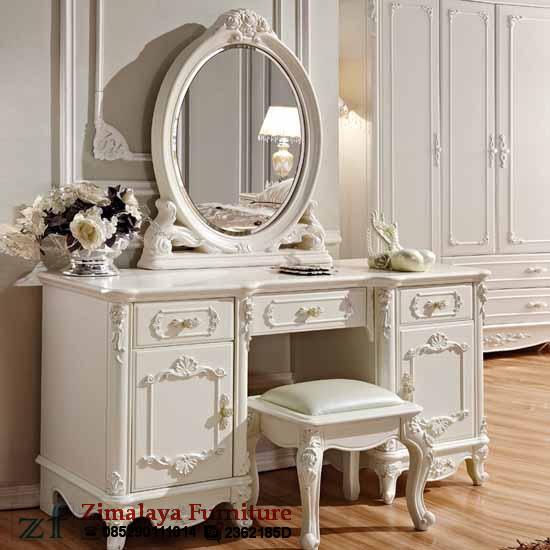 Meja Rias Putih Doff