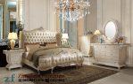 Tempat Tidur Kayu Warna Putih