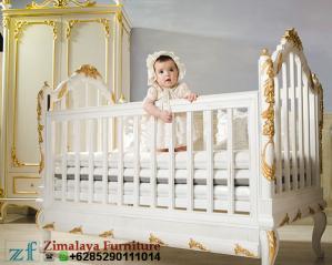 Box Bayi Warna Putih Emas