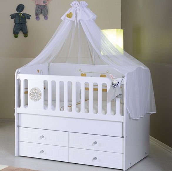 Box Bayi Warna Putih Kelambu