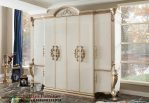 Lemari Pakaian Klasik 6 Pintu